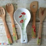 Stenciled kitchen supplies make the perfect housewarming gift!  Create a set to match any home decor style.  Learn more at My Craftily Ever After