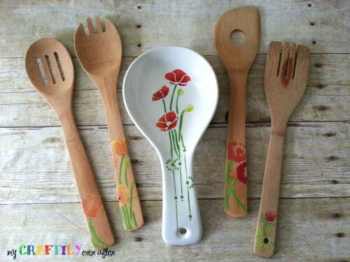 stenciled kitchen supplies - easy gift series