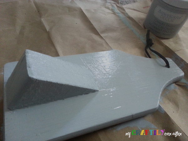 tablet holder painted with chalky paint