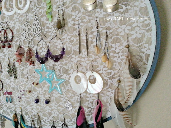 never lose another earring with this beautiful earring display