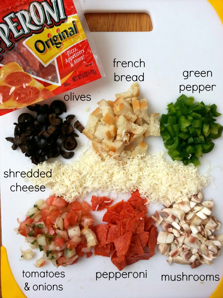 deconstructed supreme pizza salad #pepitup #ad