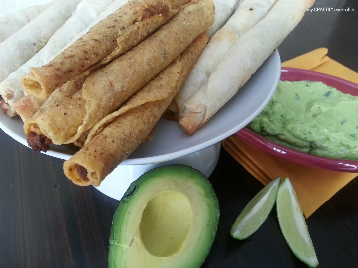 Easy five minute avocado crema that goes great with taquitos