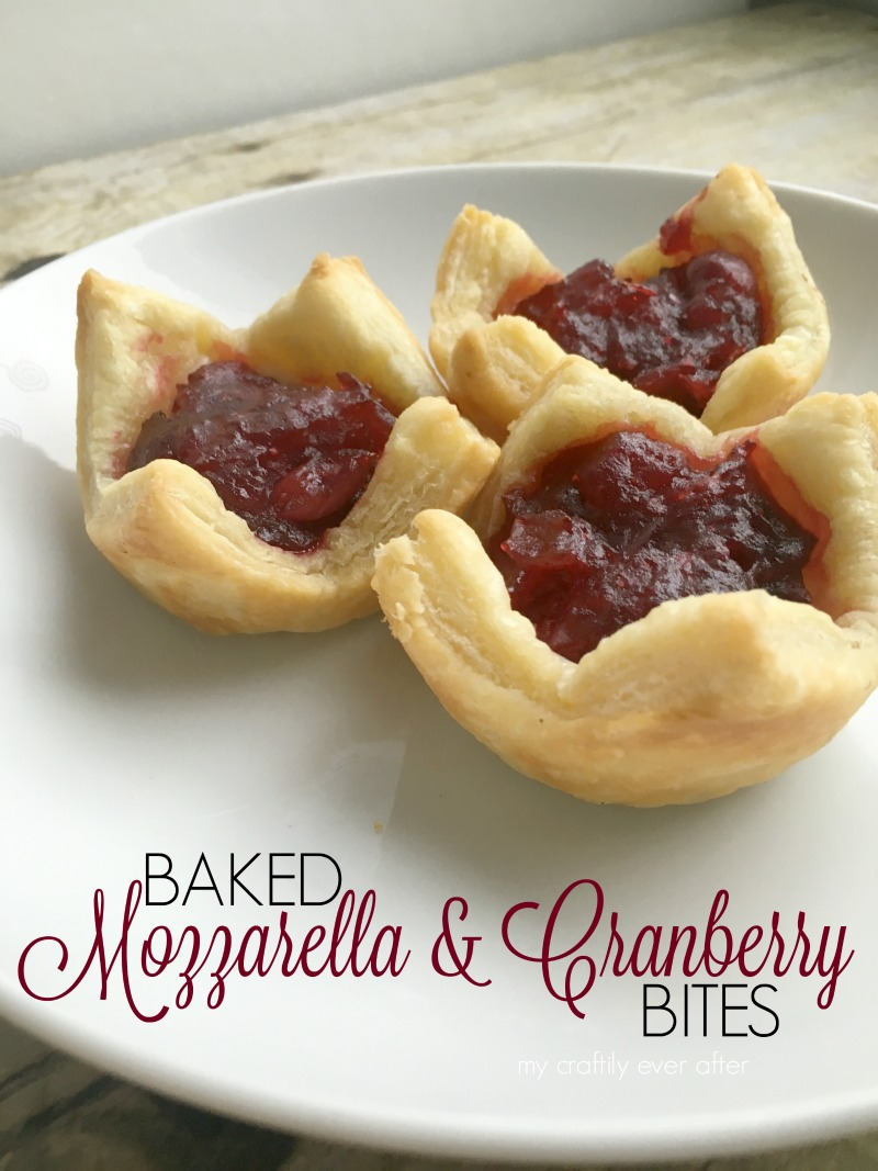 baked mozzarella and cranberry bites #sponsored #SmarterTreats