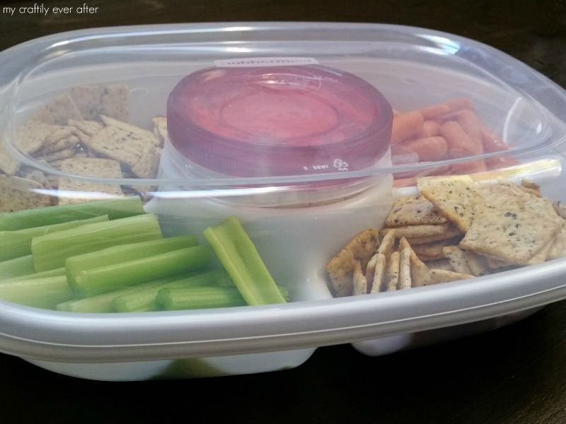 Rubbermaid Party Platter with smoked salmon dip