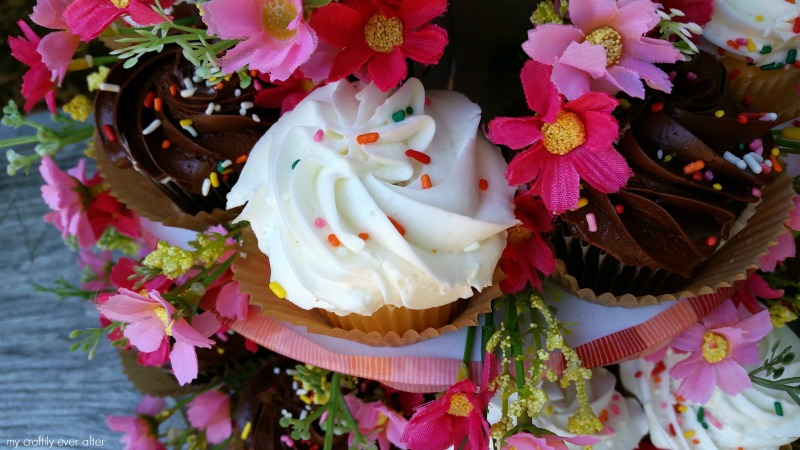 fake floral cake stand party