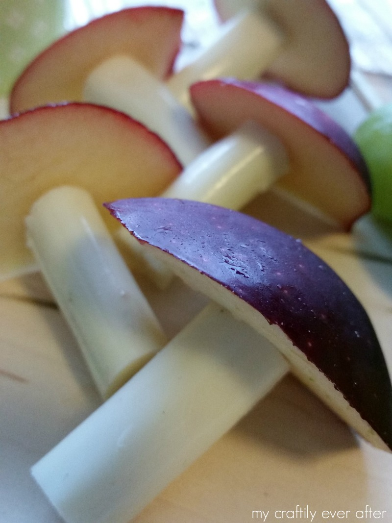 apple-and-cheese-toadstools-for-a-wonderland-birthday-party