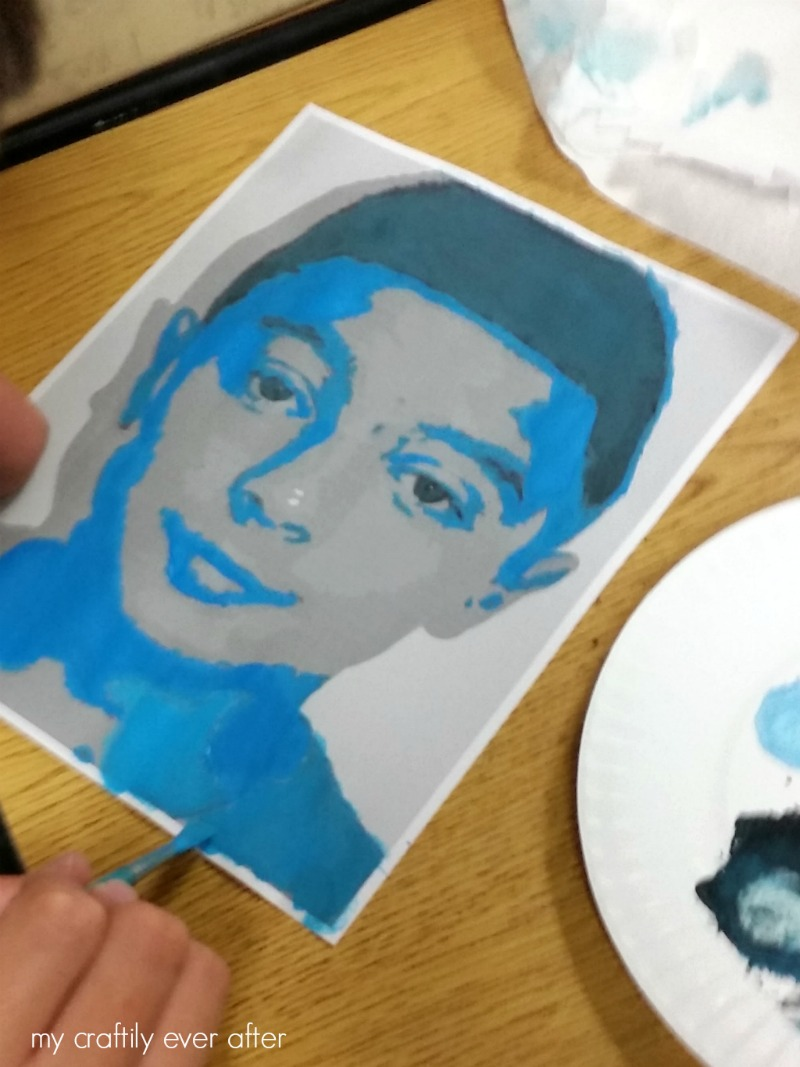 monochromatic-self-portraits-in-middle-school