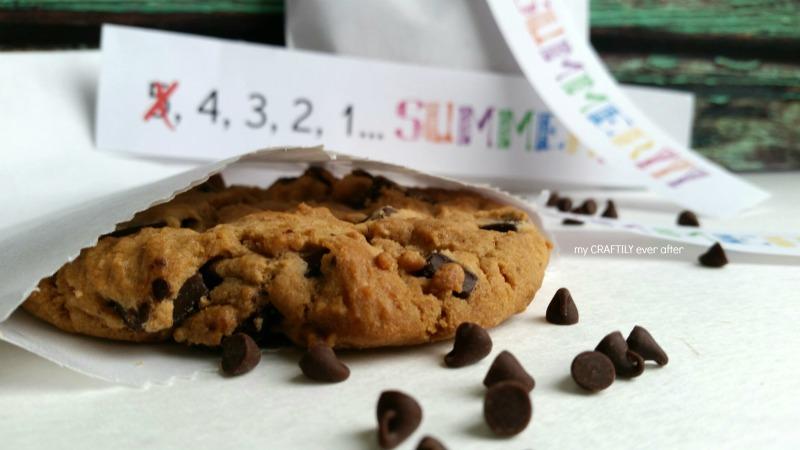 end of school teacher cookies with printable