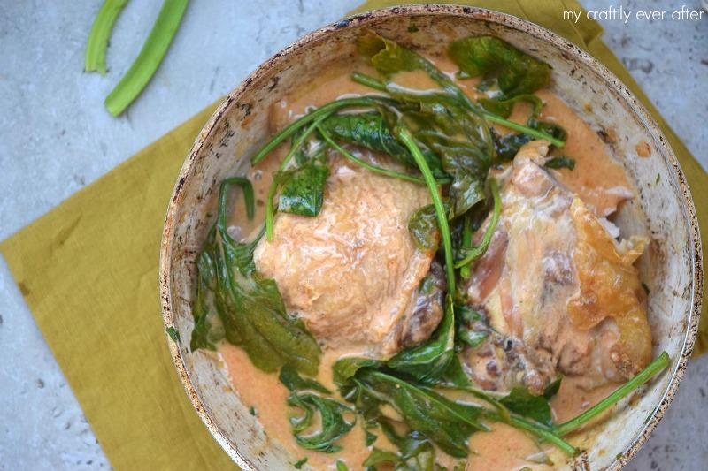 One Pan Creamy Spinach Chicken